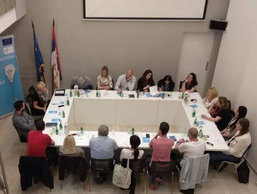 Алтернативна брига и права деце у Србији